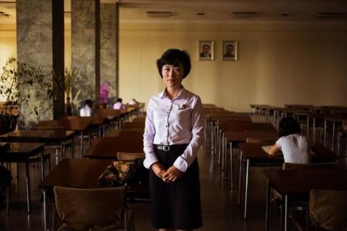 © Mihaela Noroc, Une bibliothèque à Pyongyang
